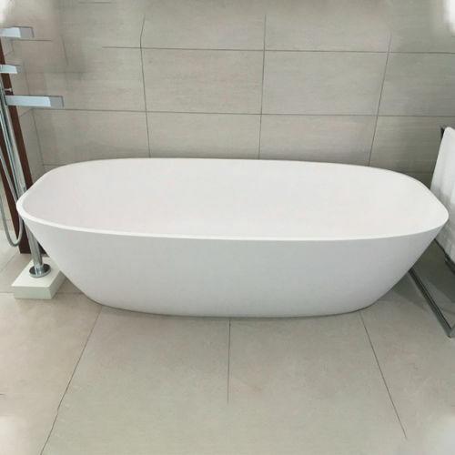 Picture of Rhea F/Standing Bath 1805 x 870