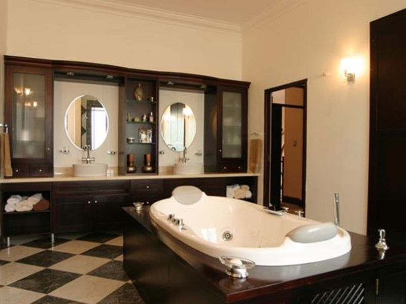 Picture of Parisienne Deluxe Jet Bath